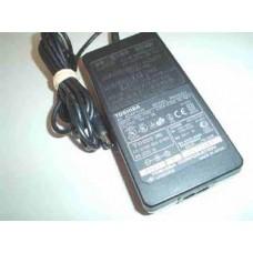 Зарядно устройство за лаптоп Toshiba 15V, 5A